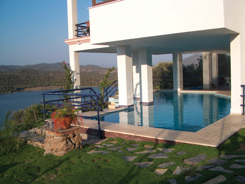 Villa Pelican, Bogazici, Milas by İpek Homes Bodrum