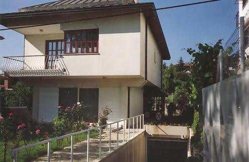 Villa in Emirgan, İstanbul by İpek Homes Bodrum